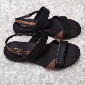 Vionics with Orthaheel Tan & Black Sandals A-4
